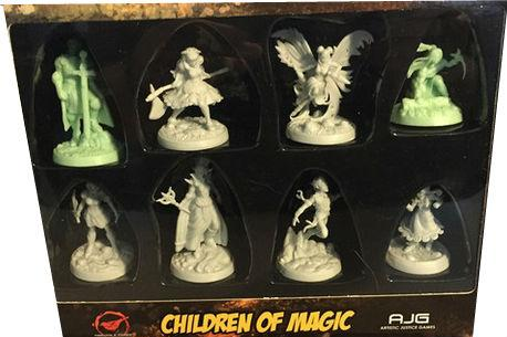 Greenbrier Games: Sacred 40 Miniatures: Children of Magic Set