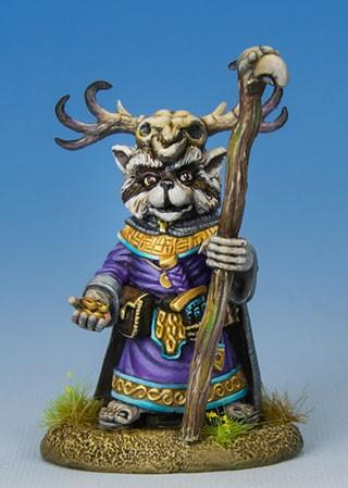 Critter Kingdoms: Raccoon Druid w/Staff