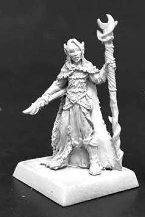 Pathfinder Miniatures: Aravashnial, Elf Wizard