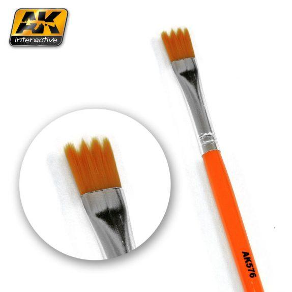 AK-Interactive: (Brushes) WEATHERING BRUSH SAW SHAPE