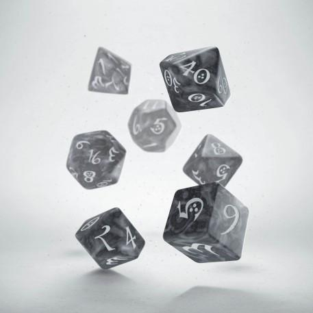 Dice Sets: Classic RPG Smoky & white Dice Set (7)