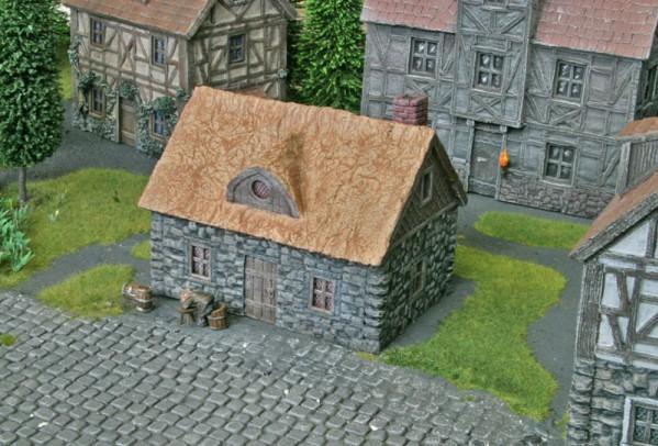 28mm Terrain: Cottage Farm
