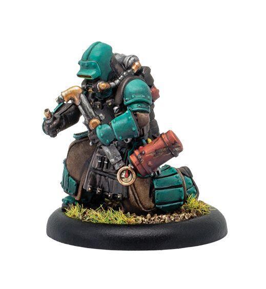 Warmachine: (Golden Crucible) Crucible Guard Mechanic – Crucible Guard Solo (metal/resin)