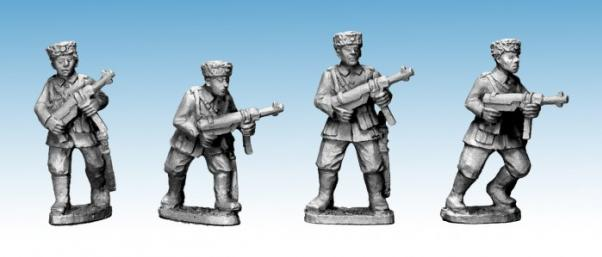 Crusader Miniatures: Cossacks with SMG (German Service) (4)