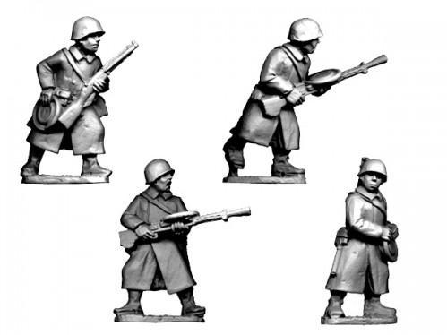 Crusader Miniatures: Russian LMG Teams in Greatcoats (4)