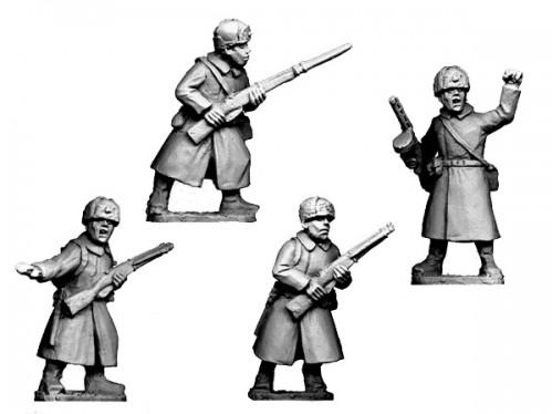 Crusader Miniatures: Russian Infantry Command in Coats and Fur Hats (4)