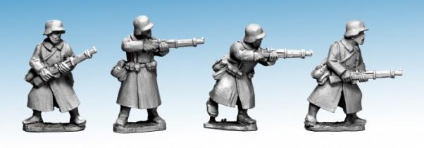 Crusader Miniatures: German Infantry in Greatcoats II (Riflemen) (4)