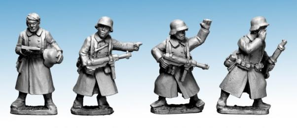Crusader Miniatures: German Infantry in Greatcoats (Command) (4)