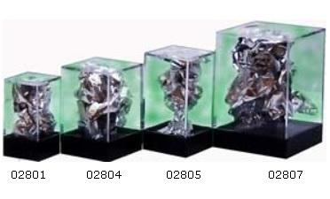 Chessex Single Figure Display Box: Medium (2¼'' x 1¾'' x 1¾'')