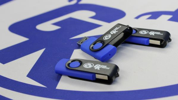 Game Kastle USB Thumb Drive (2GB)