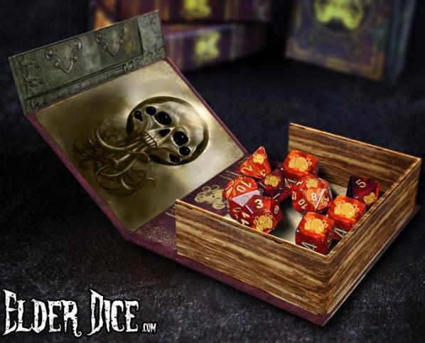 Elder Dice Set: Cthulhu (nine d6 in Spellbook)