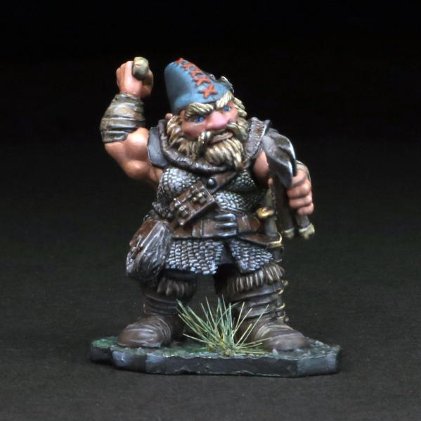 Tomb Guardians 28mm Miniatures: Dwarven Ranger - Khendut Bouldercoat