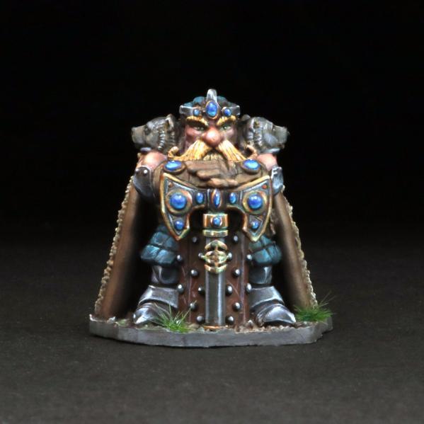 Tomb Guardians 28mm Miniatures: Dwarven King w/Dragon Scale Armor - King Thrarbuk Deepmore