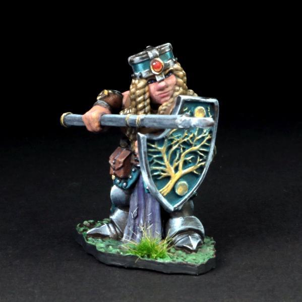 Tomb Guardians 28mm Miniatures: Dwarven Female Warrior w/Pike - Annora Gemtin