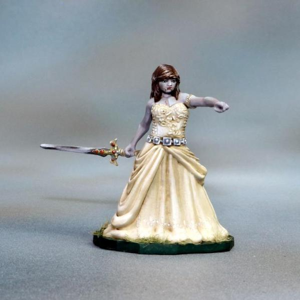 Tomb Guardians 28mm Miniatures: Vampire Queen - Queen Valreth