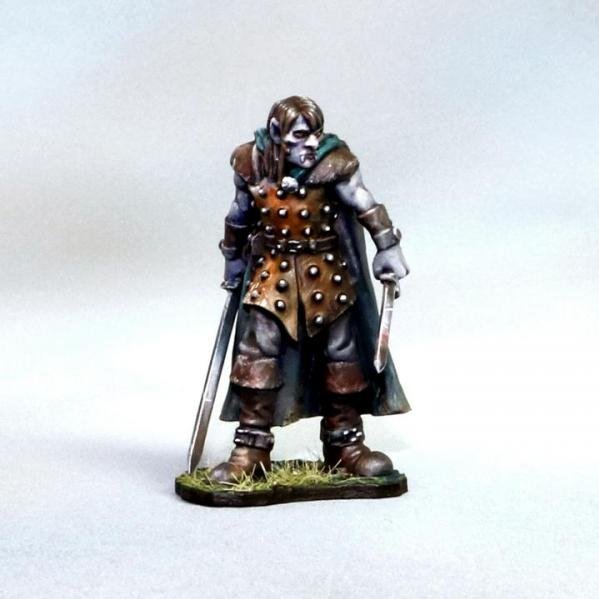 Tomb Guardians 28mm Miniatures: Vampire Elf Male Slave - Pauxir the Corrupted