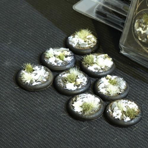 Battle Ready Bases: Winter RoundLip 30mm (x8)