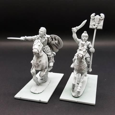 28mm Ancients: Hannibal Barca & Standard Bearer