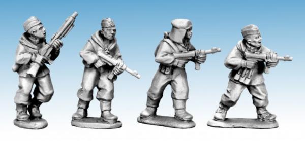 28mm World War II: (Soviet) Soviet Scouts with German Weapons