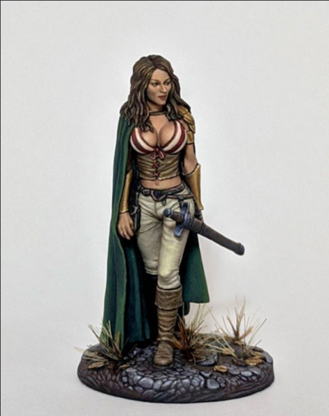 Elmore Masterworks: Female Rogue with Long Sword
