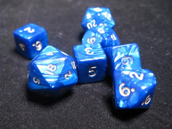 Cheater Dice - Pearl: Blue/White 7 Dice Poly Set