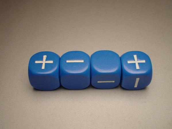 Fudge Dice : Blue (4 dice in plastic tube)