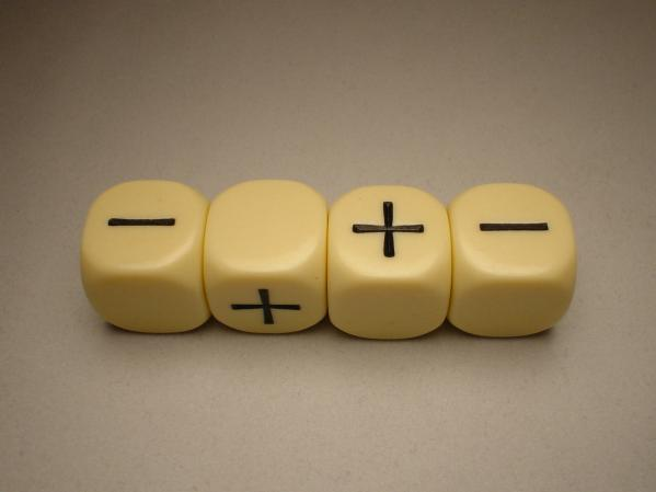 Fudge Dice: Ivory (4)