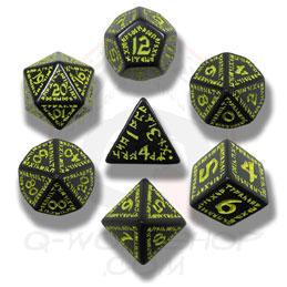 Exotic Dice Sets: Black & Yellow Runic Dice (7)