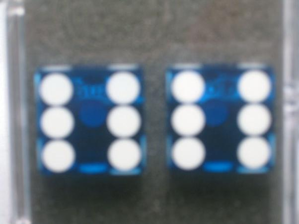 Precision Casino Dice: 3/4'' Blue Standard Spotting 19mm (Pair of d6)