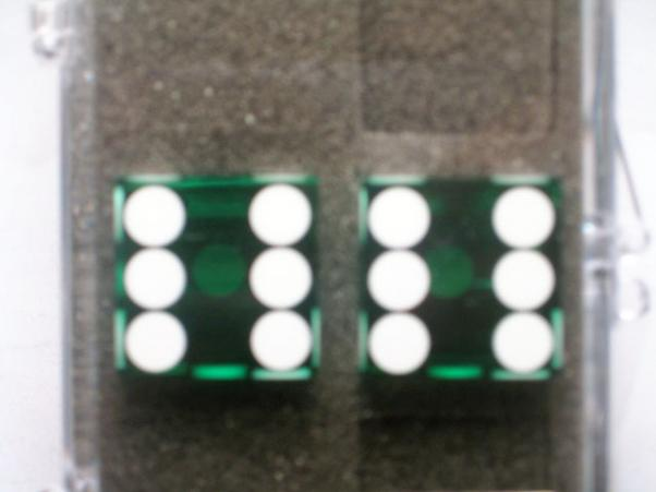 Precision Casino Dice: 3/4'' Green Standard Spotting 19mm (Pair of d6)