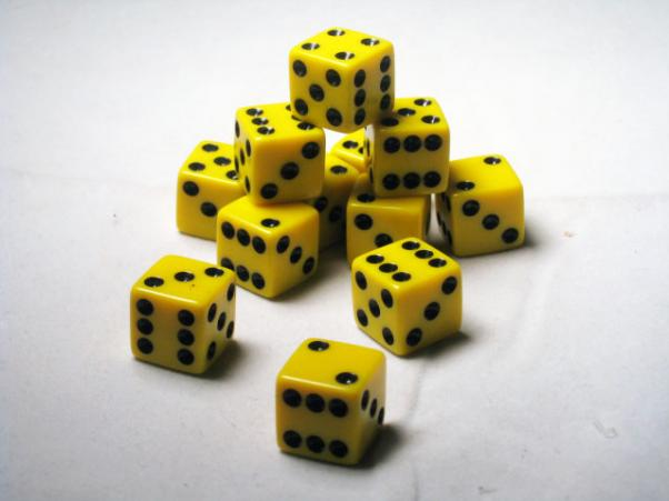 Square Cornered Dice: Yellow/Black Opaque 16mm d6 (12)