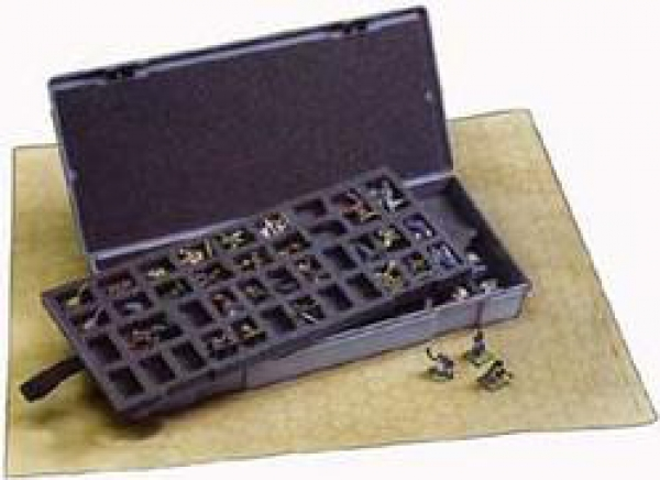 Chessex Figure Storage Box: 25mm Regular (80ct)