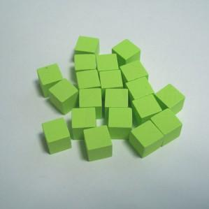 Game Accessories: 10mm Green Wooden Cube Tokens (100 Pack)