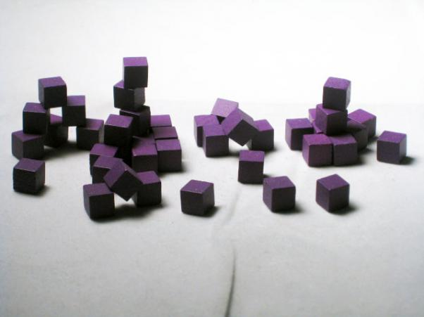Game Accessories: 8mm Purple Wooden Cube Tokens (100 Pack)