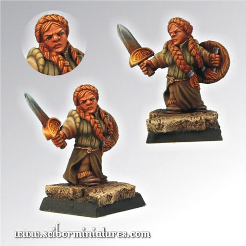 28mm Fantasy Miniatures: 28mm/30mm Dwarf Girl