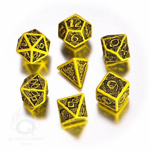 Celtic Dice: Yellow & Black Celtic 3D Revised Dice Set (7)