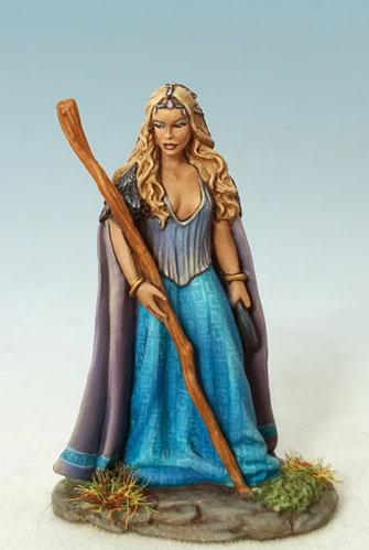 Elmore Masterworks: Female Mage/Druid w/Staff
