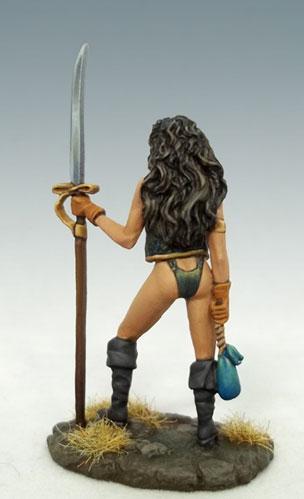 Elmore Masterworks: Female Pirate w/Glaive