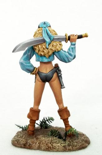 Elmore Masterworks: Female Pirate w/Sword