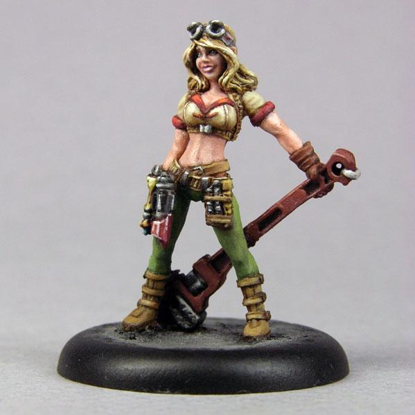 Bombshell Miniatures: Maelee the Mechanic