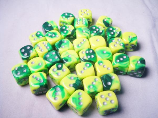 Chessex Dice Sets: Gemini # 6 12mm d6 Green-Yellow/Silver (36)