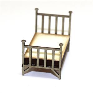 28mm Furniture: Single Brass Bed